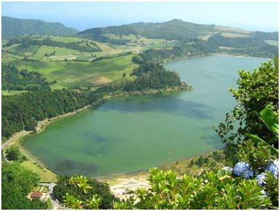 Azorit matka - Lagoa das Furnas - laguuni S�o Miguelin saarella
