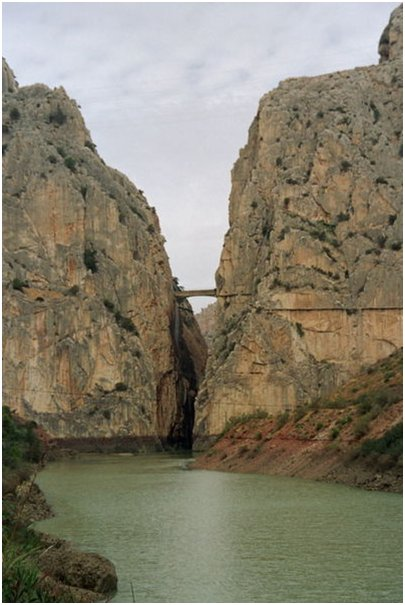 Espanja Andalusia Costa del Sol Malaga El Chorron sola