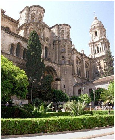 M�lagan katedraali Costa del Sol aurinkorannikko loma matka