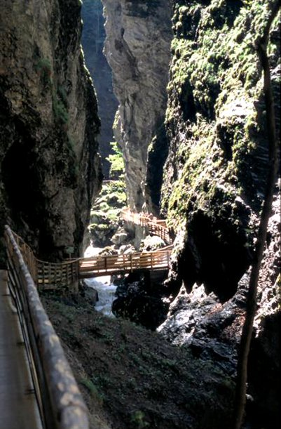 Liechtensteinklammin kanjoni ja vesiputous - Itävallan Alpit