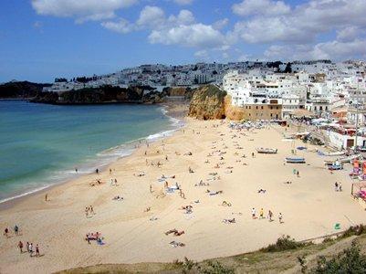 Kalastajan hiekkaranta Praia dos Pescadores - Albufeira - Algarve - Portugali