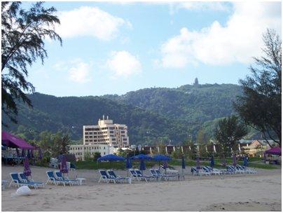 Karon Beach hiekkaranta kuva Phuket Thaimaa uimaranta loma matka