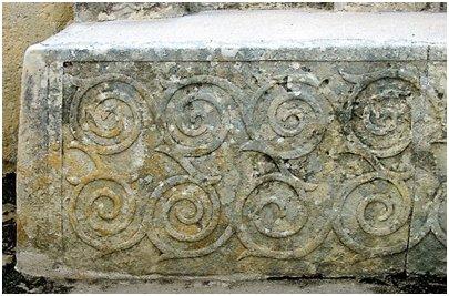 Malta matka Spiraalikuvioita Tarxien temppelissä