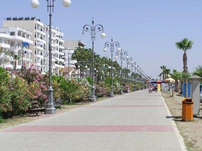 Merenrantakatu Foinikoudes Larnaca Kypros