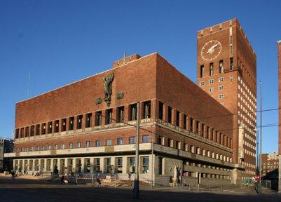 kuva matkalta Oslon kaupungintalo Norja