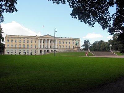 matkakuva Norjan kuninkaallinen linna Oslo