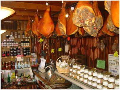 ranskalainen ruoka leikkelemyymälä ranskalainen keittiö Ranska lihakauppa Chamonix loma