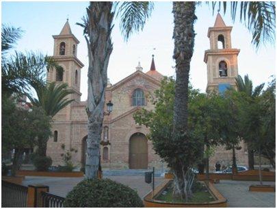 torrevieja suosittu n�ht�vyys Iglesia Arciprestal de la Inmaculada Concepci�n monumentti